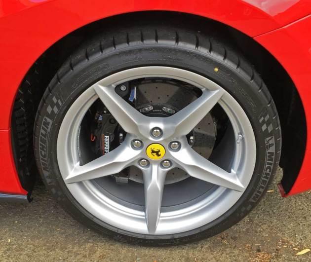 Ferrari-488-GTB-Whl