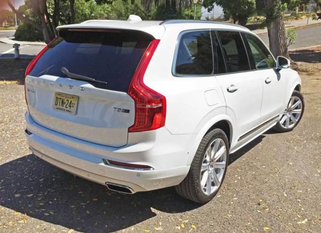 Volvo-XC90-T8-Hybrid-RSR