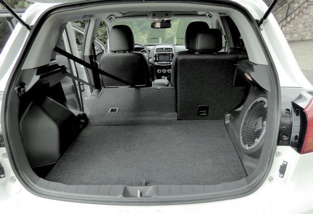 2016 Mitsubishi Outlander Sport cargo