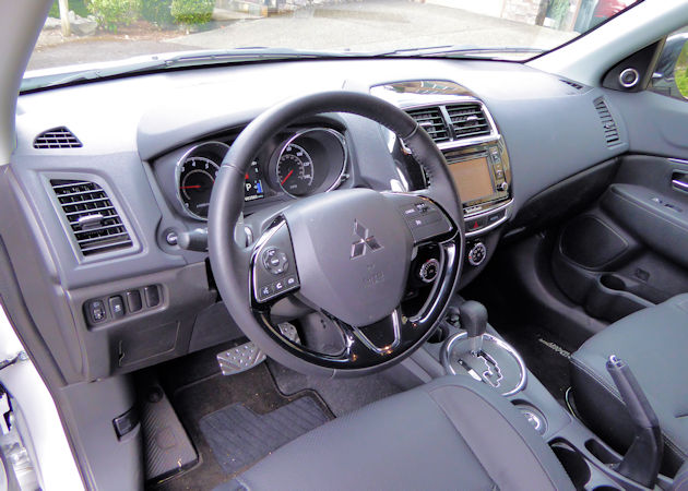 2016 Mitsubishi Outlander Sport dash