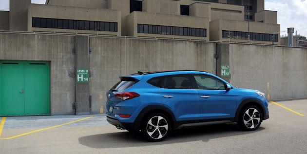 2017 Hyundai Tucson rear q