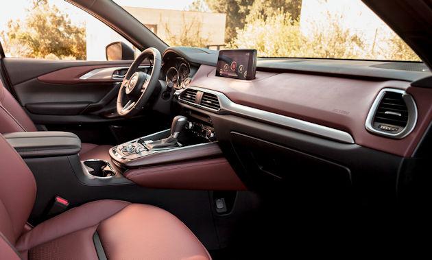 206 Mazda CX-9 interior