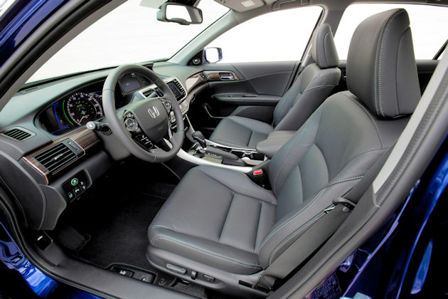 2017 Honda Accord Hybrid inerior
