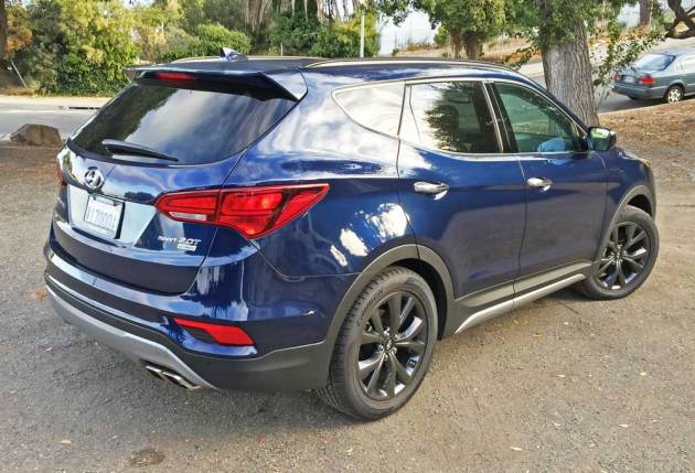 2017 hyundai santa fe sport 2 0t test drive our auto expert. Black Bedroom Furniture Sets. Home Design Ideas