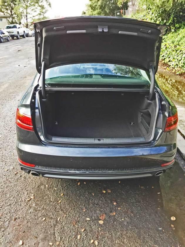 Audi-A4-2.0T-Trnk