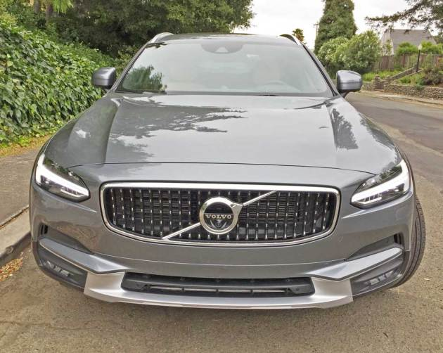 Volvo-V90-T6-Cross-Country-Nose