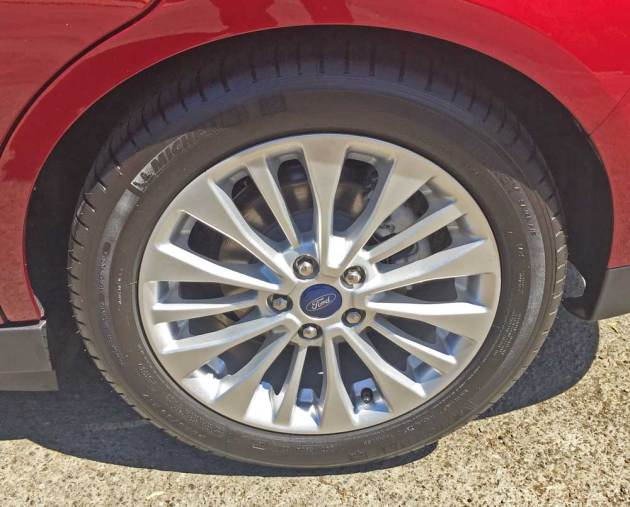 Ford-C-Max-Hybrid-Whl