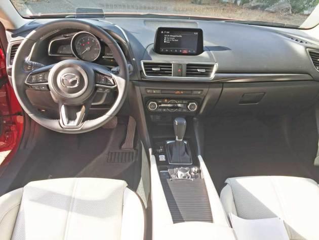 Mazda3-GT-5-Dr-Dsh