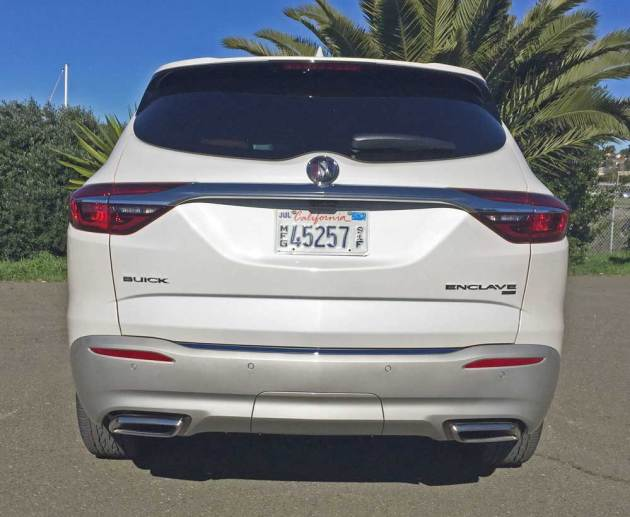 Buick-Enclave-Tail