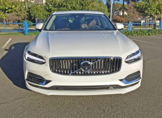 Volvo S90 T8 Nose