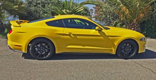 Ford-Mustang-EcoBoost-Cpe-RSD