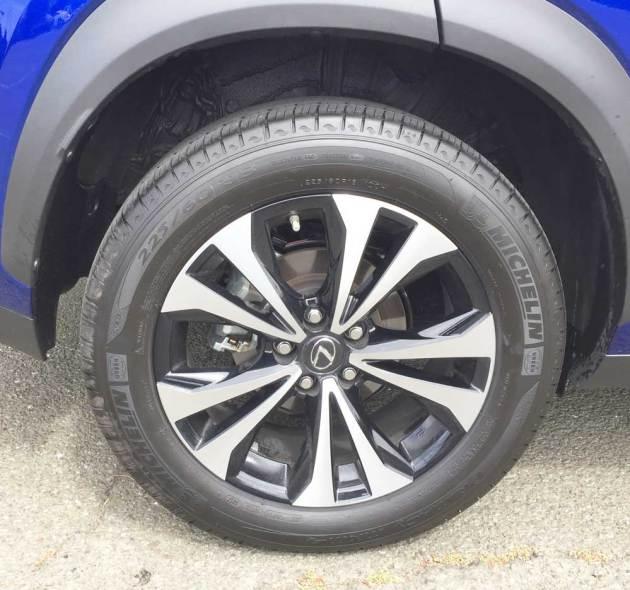 Lexus-NX-300-F-Sport-Whl