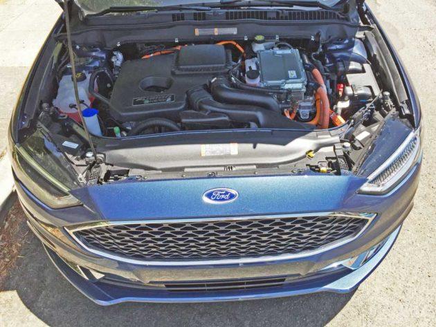 Ford-Fusion-Energi-Eng
