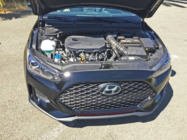 Hyundai-Veloster-Turbo-Eng