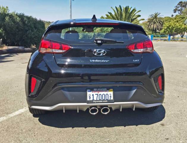 Hyundai-Veloster-Turbo-Tail