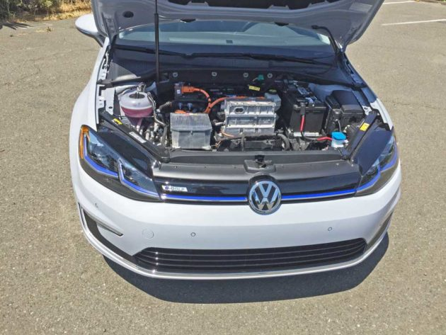 VW-e-Golf-SEL-Eng