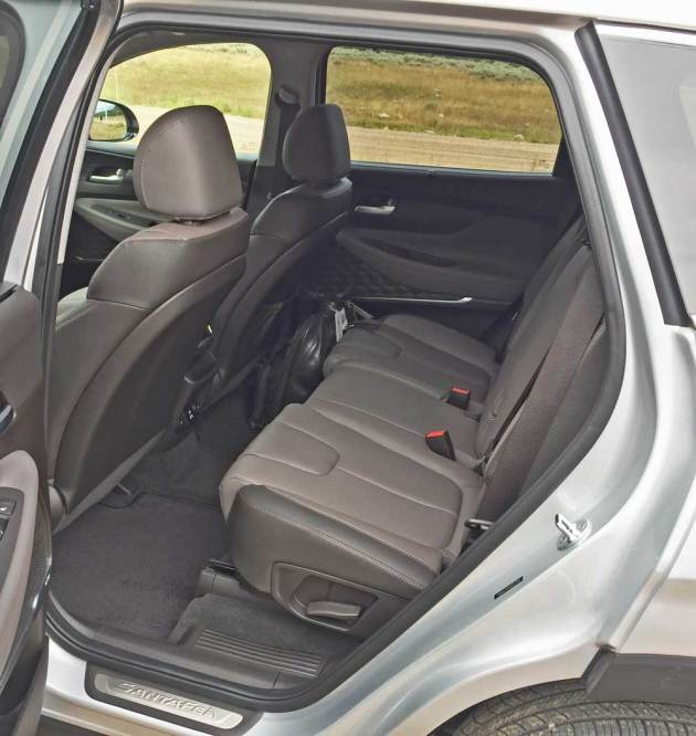 Hyundai-Santa-Fe-RInt