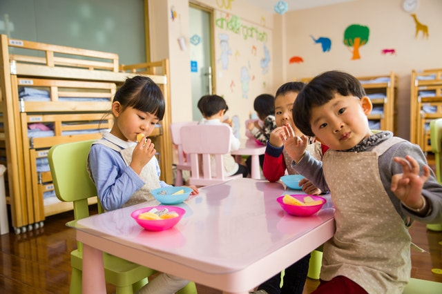 8 Simple Tips for Preparing Your Child for Daycare