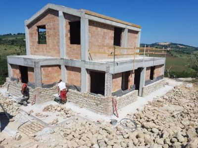 Our Walls So Far on a new stone house in Le Marche