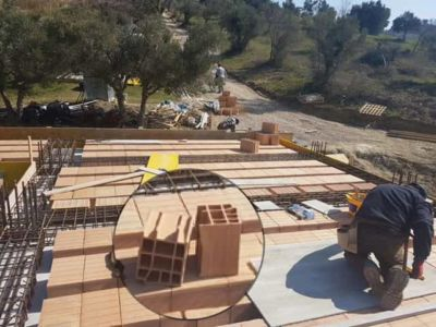 Poroton Closeup at a new house structural build in Le Marche