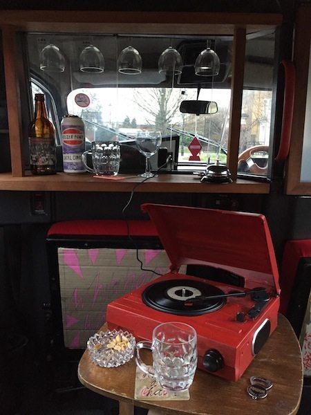 3 Bar and Juke Box