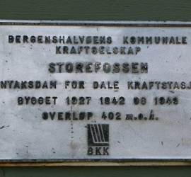 Dam Plaque, Old Voss Road