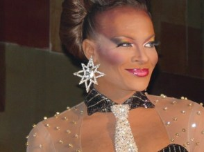Jasmine Knight – Miss Bounce 2004