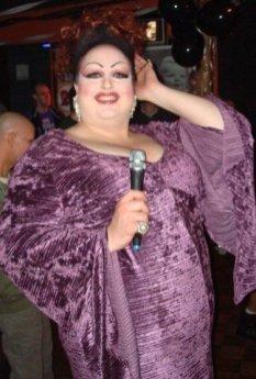 Della Licious