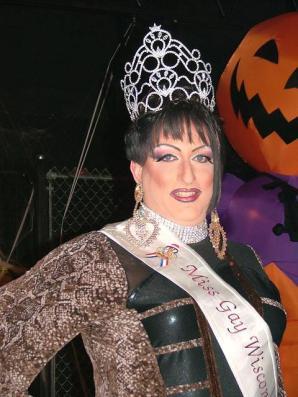Kelli Jo Klein - Miss Club Wisconsin 2010
