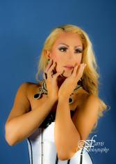 Sasha Taylor - Photo by Farris Fotography