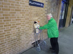 Platform 9 3/4 at Kings Cross
