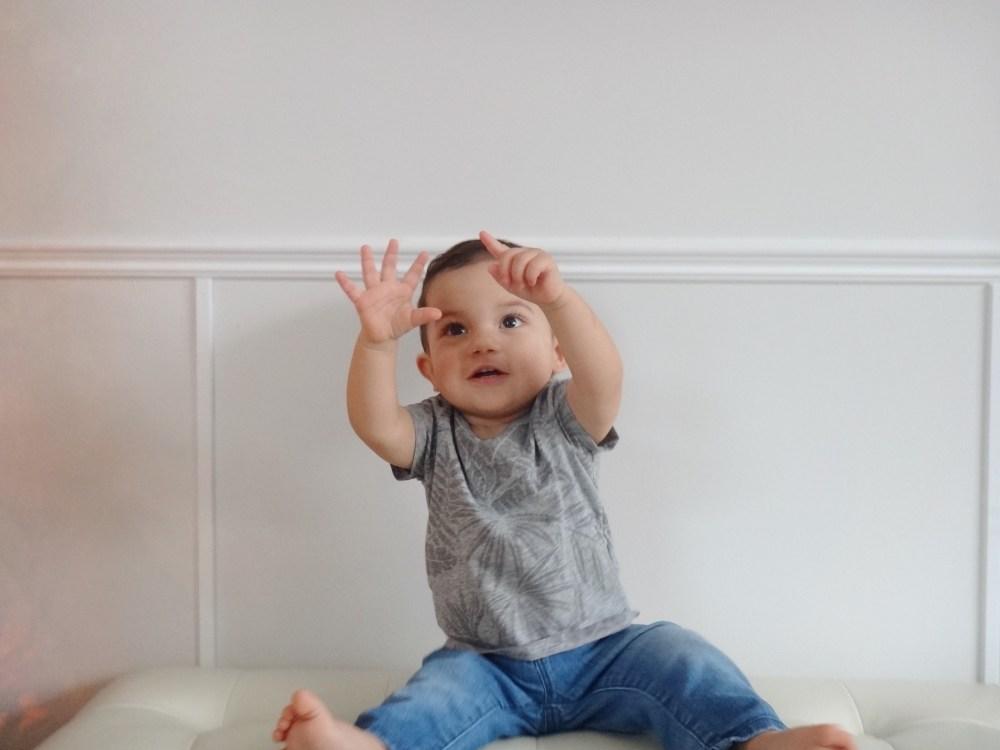 First Birthday Oliver Turns One Mommy Blog (2)