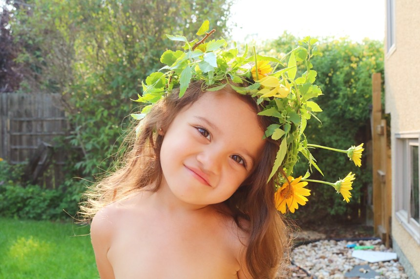 Flower Crowns Mommy Blogger Edmonton Kids (5)