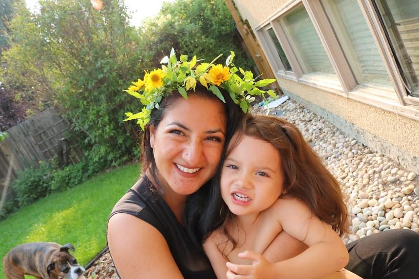Flower Crowns Mommy Blogger Edmonton Kids (14)