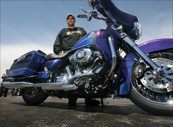 Kellys Motorcycle Rally4214