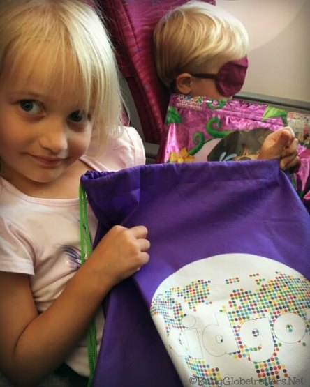 Hours of plane entertainment with Kidgoz plane bags
