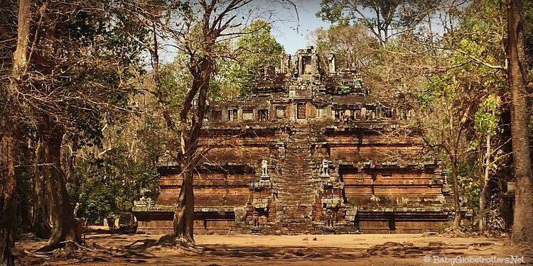 Angkor Thom - Phimeanakas Temple