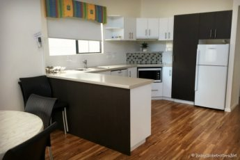 Jacuzzi Villa Kitchen