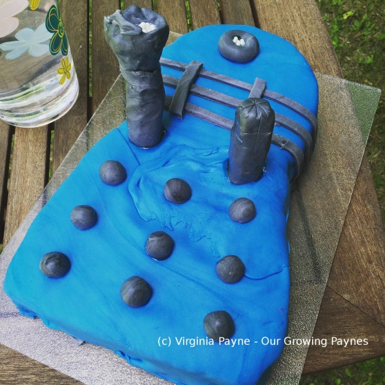 Dalek cake 7 2016