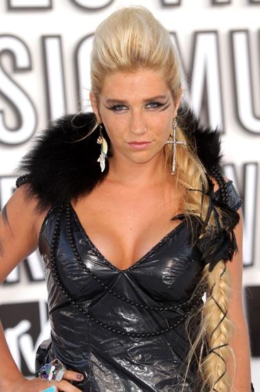 Kesha VMA 2010 hairstyle
