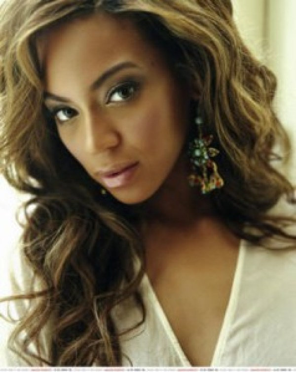 Beyonce Wavy Hairstyle