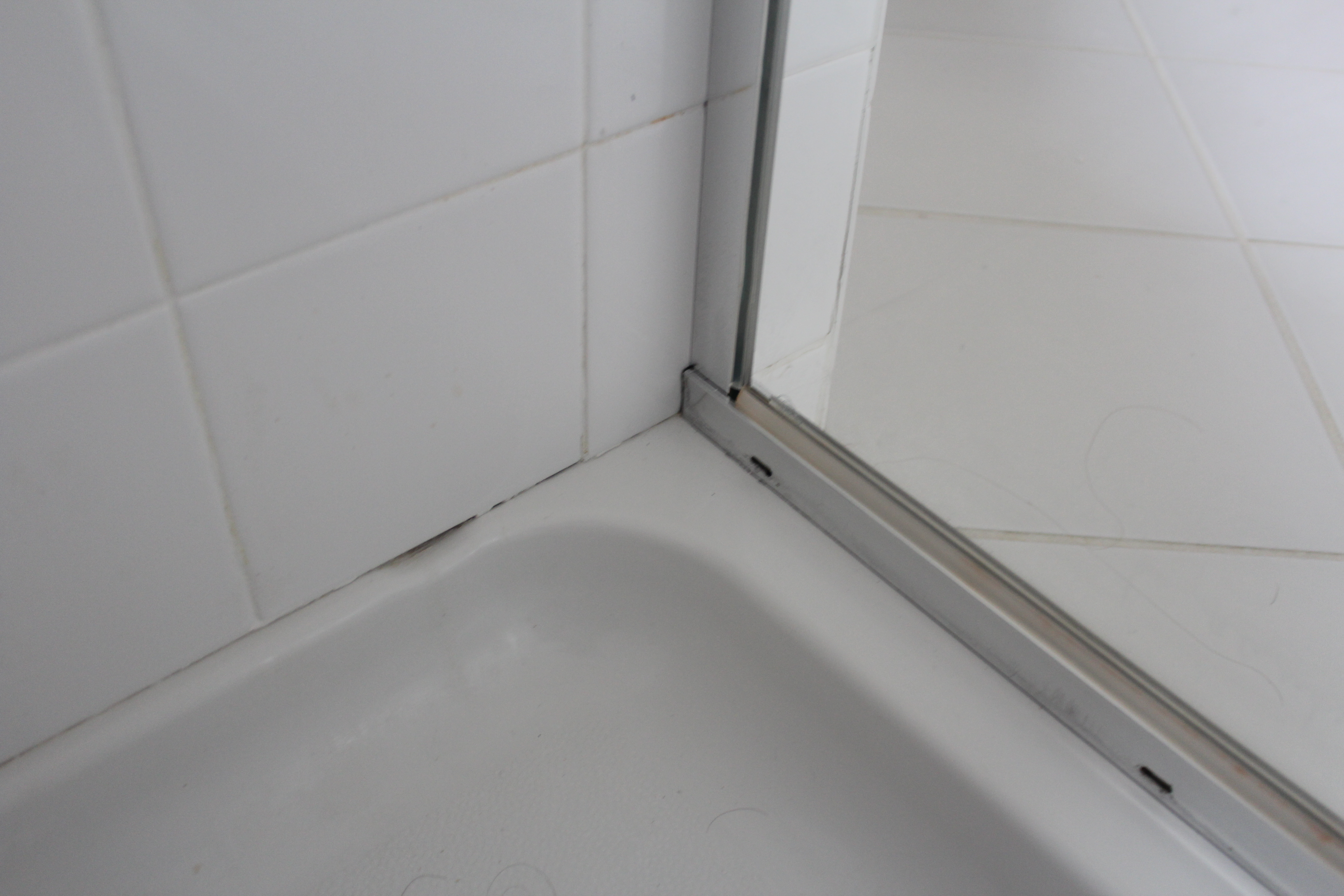 Bathroom Caulking Our Home From Scratch