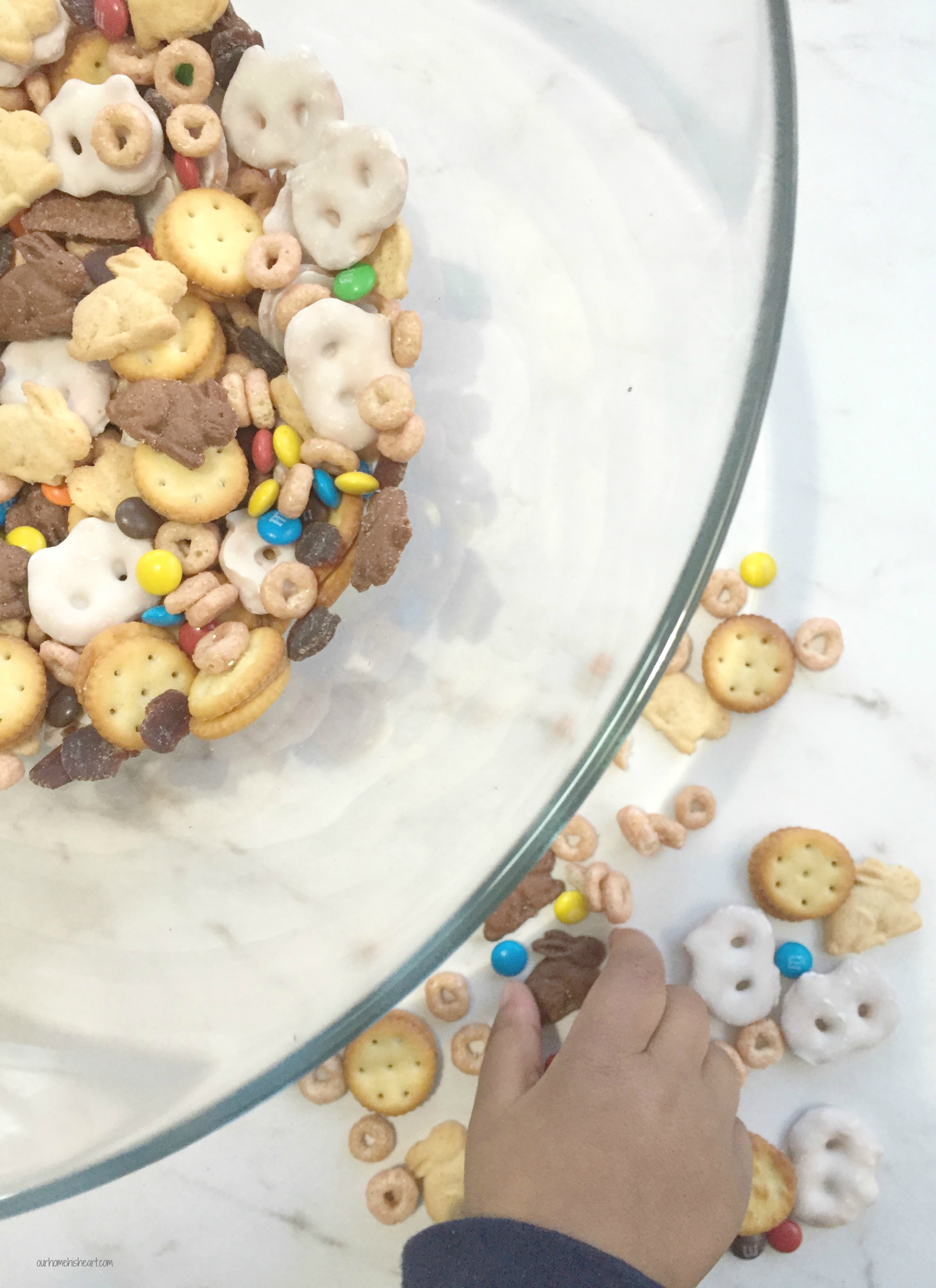 Bunny Trail Mix Easter Snack for Toddlers