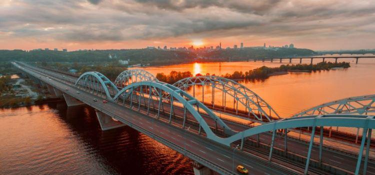 «Зневоднення»: в Україні спостерігається найнижчий рівень води у річках за останні 100 років