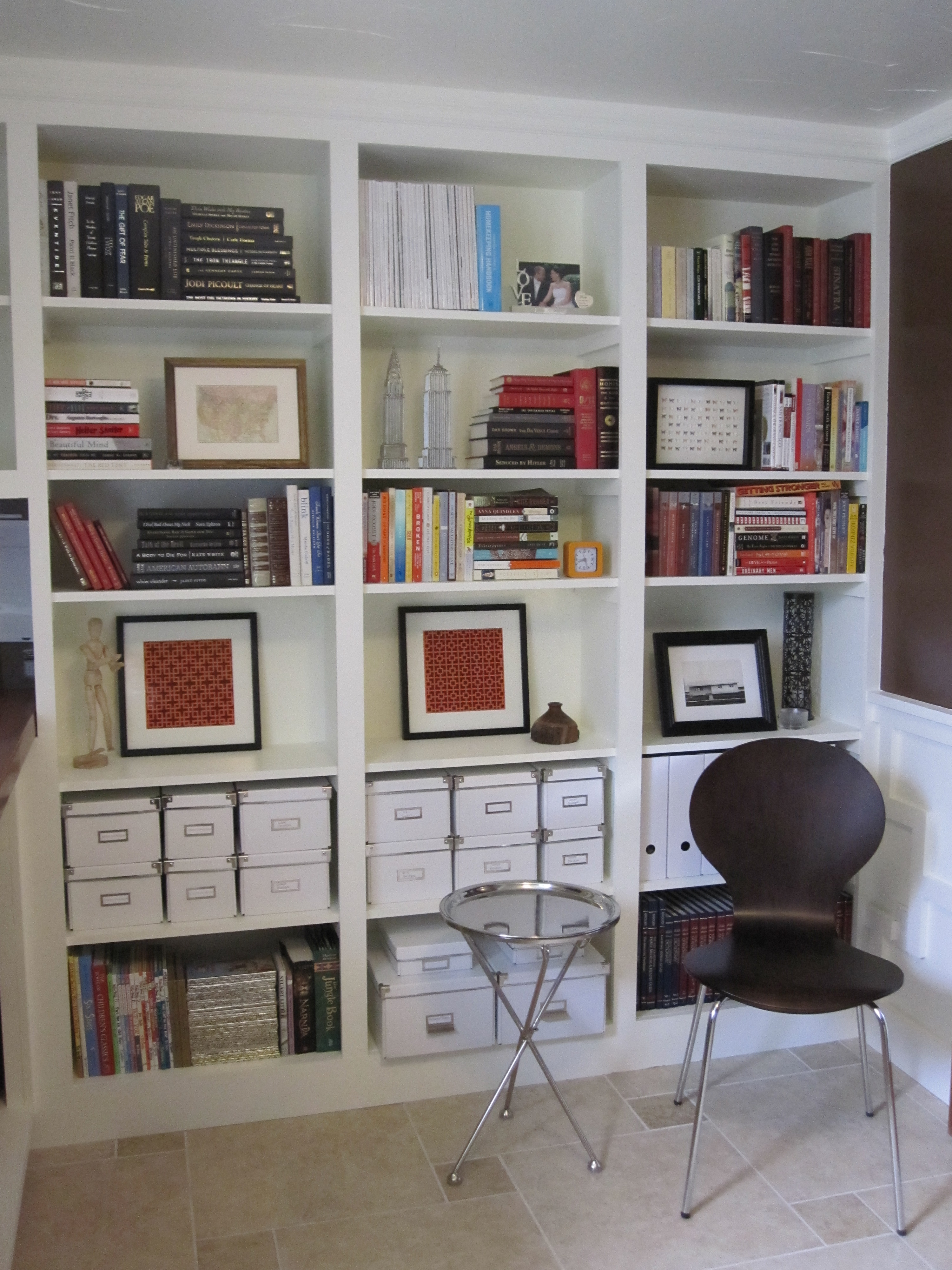 Five Tips to Decorate a Bookshelf