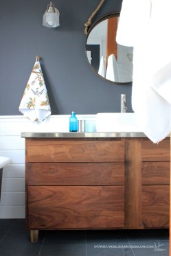 Master-Bathroom-Vanity-with-Drawers