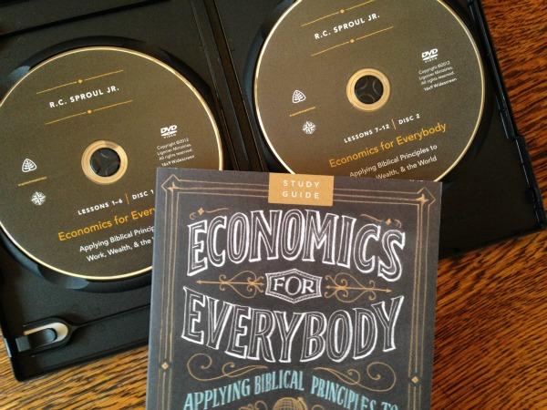 How to Teach High School Economics