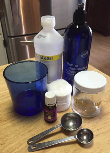 ingredients-for-young-living-lavender-makeup-remover