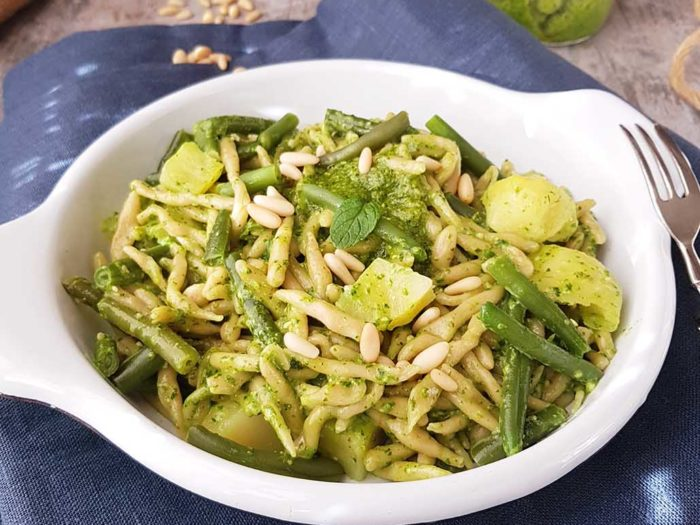 Trofie pasta with potatoes, pesto and green beans. Typical local peasant food!