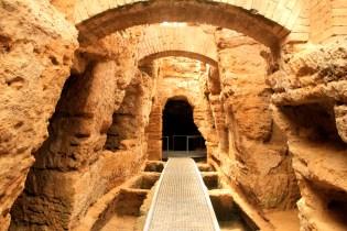 Caractéristiques des catacombes